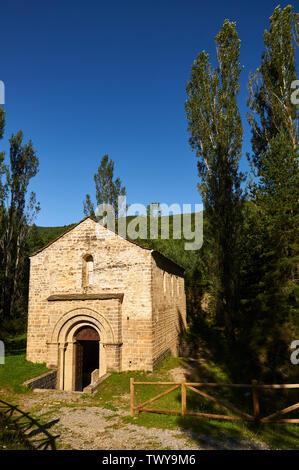 Exterior view of the XII century romanesque church and monastery of San Adrián de Sásave (Borau, Jacetania, Huesca, Aragón, Pyrenees,Spain) - Stock Image