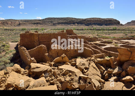 Rock fall in 1941, Pueblo Bonito, Chaco Canyon, Chaco Culture National Historical Park, New Mexico, USA 180926_69512 - Stock Image