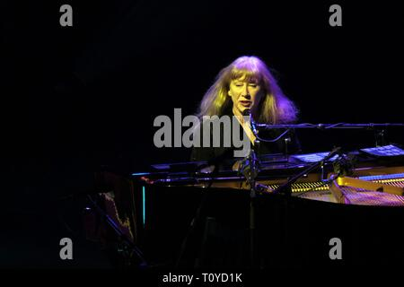 Zurich, Schweiz. 21st Mar, 2019. Loreena McKennitt on Lost Souls Tour - For more than three decades, the Canadian artist explores the aspects of Celtic music. Concert on 21.03.2019 Samsung Hall Zurich | usage worldwide Credit: dpa/Alamy Live News - Stock Image