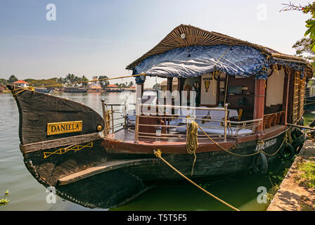 Horizontal view of a traditional riceboat in Kerala, India. - Stock Image