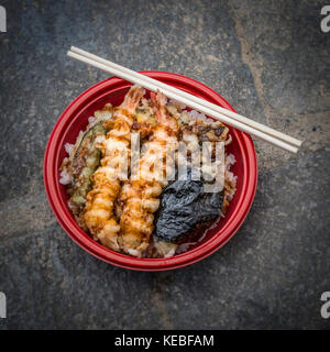 Japanese tempura prawns and rice for a healthy takeaway lunch - Stock Image