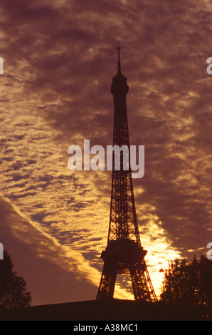 Eiffel Tower at Sunset, Paris, France - Stock Image