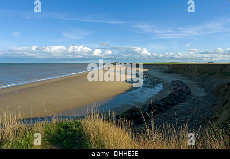 The wide wild beach at Happisburgh looking south towards Sea Palling on a bright Autumn day - Stock Image