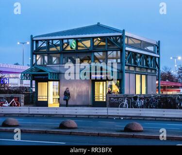 Berlin-.Heidelberger Platz S-Bahn Railway Station - Stock Image