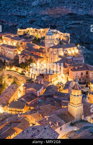 Albarracin town at dusk. Albarracin, Teruel, Aragon, Spain, Europe - Stock Image