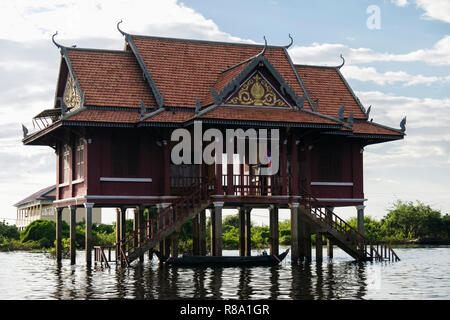 House on stilts in floating village in Tonle Sap. Kampong Phluk, Siem Reap province, Cambodia, southeast Asia - Stock Image