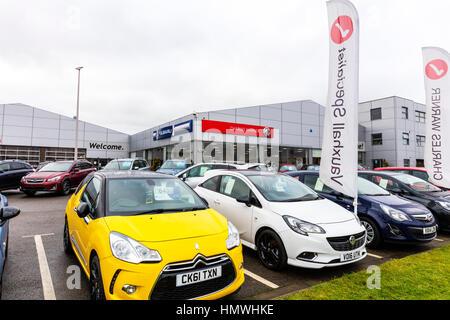 Charles warner, Lincoln, garage forecourt car sales selling cars UK - Stock Image