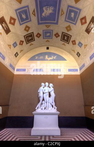 Sculpture of gratierne and amor at Thorvaldsens Museum in Copenhagen Denmark - Stock Image
