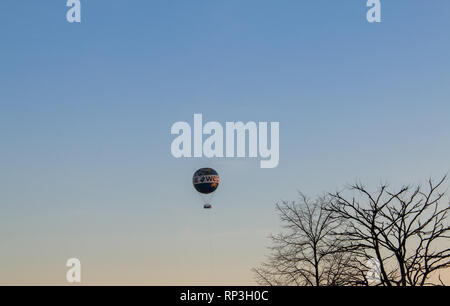 The World hot air balloon in Berlin, winter - Stock Image