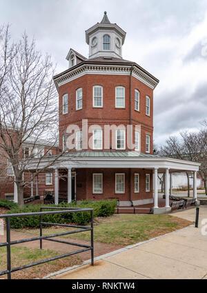 The octagonal Muster House at Boston Navy Yard, Boston, Massachusetts, USA - Stock Image