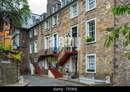 Scottish Georgian style houses in Ramsay Garden, Edinburgh, Scotland, UK - Stock Image