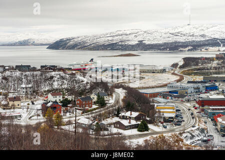 View over the town and port of Kirkenes in the municipality of Sør-Varanger, Finnmark County, Norway - Stock Image