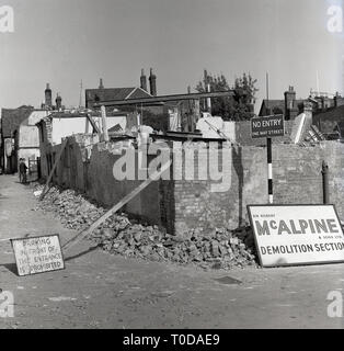 1964, Silver Street, Aylesbury, old buildings being demolished. - Stock Image