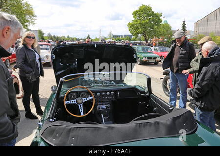 Jaguar E-Type S1 Roadster (1964), British Marques Day, 28 April 2019, Brooklands Museum, Weybridge, Surrey, England, Great Britain, UK, Europe - Stock Image