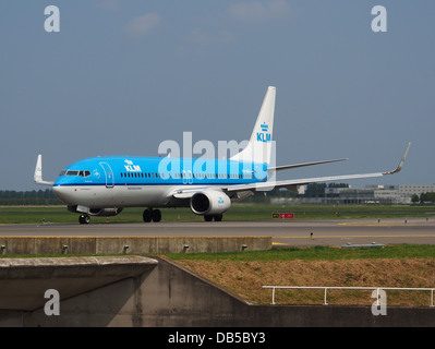 PH-BXV KLM Royal Dutch Airlines Boeing 737-8K2(WL) - cn 30370 1 - Stock Image