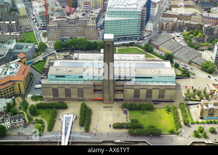Aerial view of the Tate Modern in the Bankside area of South London, overlooking the River Thames - Stock Image