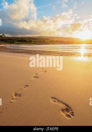 Anakena Beach at sunset, Easter Island, Chile - Stock Image