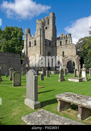 Ruins of 12th centurt castle begun in 1128 by Tironensiam Monks in the Scottish borders towm of Kelso - Stock Image