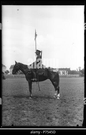 77 Narcyz Witczak-Witaczyński - Żołnierze 1 Pułku Szwoleżerów z końmi (107-260-6) - Stock Image