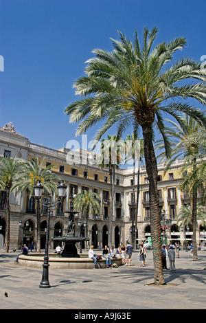 Plaze Real palm trees tourists fountain  - Stock Image