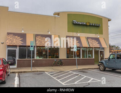 HICKORY, NC, USA-2/17/19: A local Panera Bread Company location, a chain of bakery-cafe fast food restaurants with over 2000 locations. - Stock Image