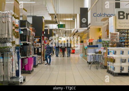 Household goods in Carrefour supermarket, Torremolinos, Costa del Sol, Malaga Province, Andalusia, southern Spain. - Stock Image