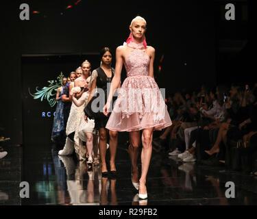 Los Angeles Fashion Week - Art Hearts Fashion - RC Caylan - Catwalk  Featuring: Models Where: Los Angeles, California, United States When: 14 Oct 2018 Credit: Sheri Determan/WENN.com - Stock Image
