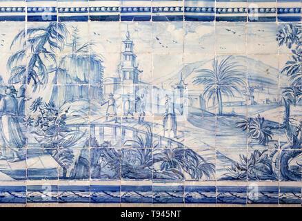 Blue and white azulejo tiles Oriental Far Eastern landscape China, University of Evora, Portugal - Stock Image