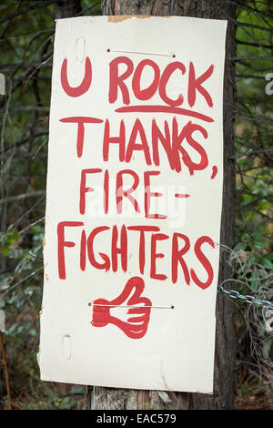 A sign outside a house in Georgetown thanking fire fighters who tackled the King Fire that burned 97,717 acres of - Stock Image