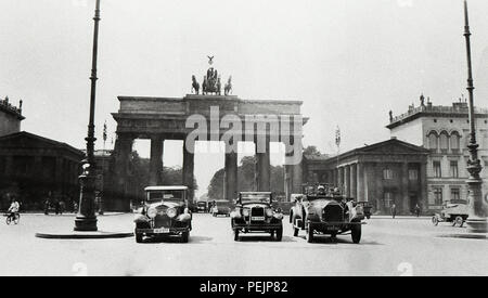Germany Berlin The Brandenburg Gate  Brandenburger Tor is an 18th-century neoclassical monument  built on the orders of Prussian king Frederick William II  also once known as the Victory Arch 1920s this photo taken in 1928 - Stock Image
