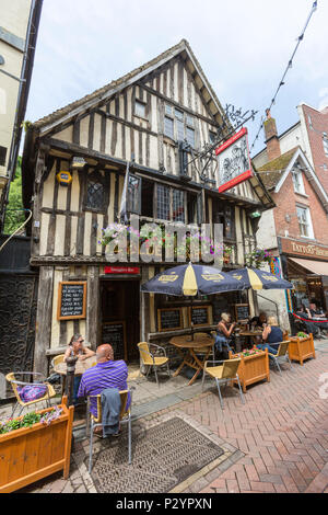 People outside the Ye Olde Pumphouse at George street at Hastings old town, East Sussex, England , UK - Stock Image