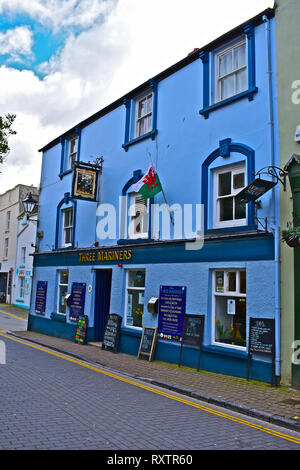 Three Mariners Public House in St George's Street,Tenby, W.Wales. Popular pub with locals & tourists, serving a traditional range of ales and pub food - Stock Image