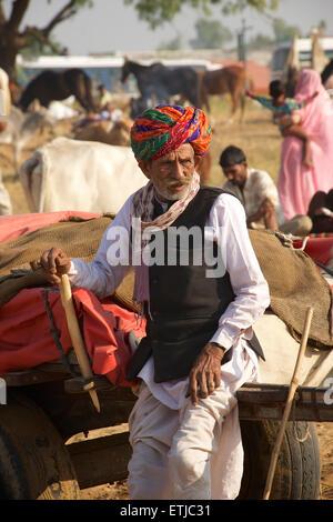 Rajasthani man in colourful turban. Pushkar fair, Rajasthan, India - Stock Image