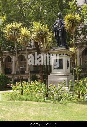 Whitehall Gardens London - Stock Image