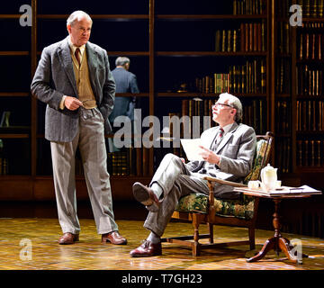 Hugh Bonneville (left) playing C.S. Lewis and Andrew Havill as Warnie in Shadowlands by William Nicholson at Chichester Festival Theatre, West Sussex, - Stock Image