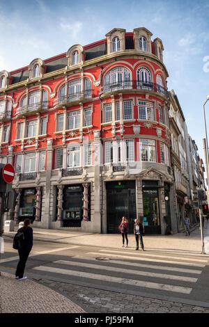Portugal, Porto, Rua de Passos Manuel, Marcolino, upmarket jewellery and watch shop on corner of Rua de Santa Catarina - Stock Image