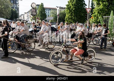 Parade for legalising Cannabis, Kreuzberg, Berlin - Stock Image