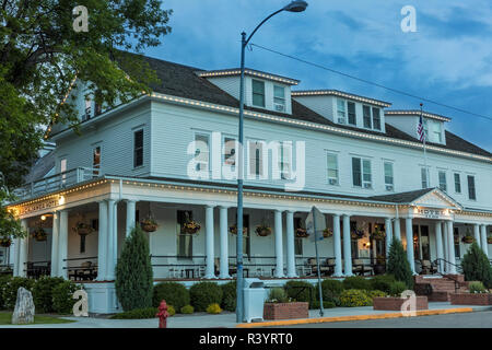 Historic Sacajawea Inn in Three Forks, Montana, USA - Stock Image