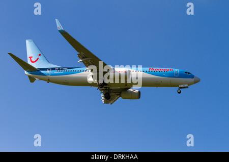 Thomson Boeing 737 to land - Stock Image
