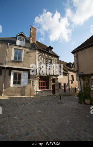 Chateaudun, France. Picturesque view of the medieval upper town of Chateaudun, at the upper end of Rue Saint Luben on the junction with Rue du Chateau - Stock Image