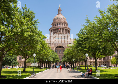 Visitors at Entrance to Texas State Capitol building Austin USA - Stock Image