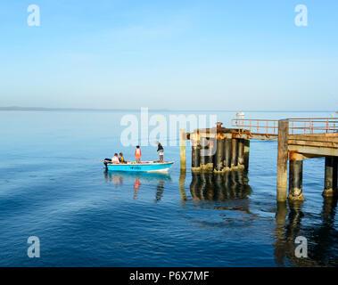 Small boat by Seisia wharf, Cape York Peninsula, Far North Queensland, FNQ, QLD, Australia - Stock Image