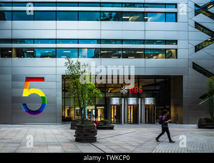 UBS 5 Broadgate in the City of London - the new UBS offices, designed by MAKE architects Ken Shuttleworth and opened in 2016 - Stock Image
