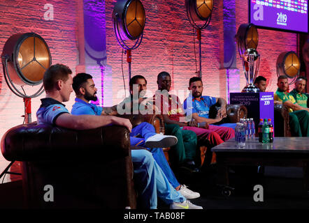 A general view of the press conference during the Cricket World Cup captain's launch event at The Film Shed, London. - Stock Image