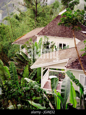 59 Steps is the name of this luxury villa at Chris Blackwell's five star Strawberry Hill resort. Strawberry - Stock Image