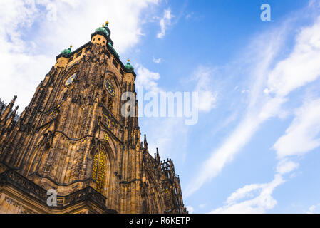 St. Vitus Cathedral in Prague with beautiful sky at background - Stock Image