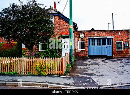 Arncliffe garage, Kirklevington, North Yorkshire, England - Stock Image