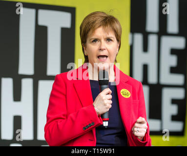 London, UK. 23rd Mar, 2019. Nicola Sturgeon, First Minister of Scotland addresses the People's Vote March and rally, 'Put it to the People.' Credit: Prixpics/Alamy Live News - Stock Image