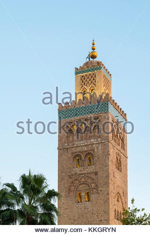 Morocco, Marrakech-Safi (Marrakesh-Tensift-El Haouz) region, Marrakesh. Minaret of 12th century Koutoubia Mosque - Stock Image