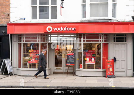 A Vodafone mobile phone shop in Stratford upon Avon, UK - Stock Image